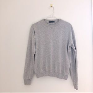 Brandy Melville Gray Crew Neck Sweatshirt